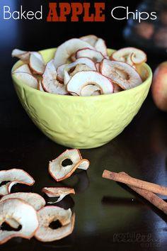 Baked Apple Chips | www.joyfulhealthyeats.com | #healthy #snacks #apple #chips