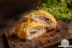 Kurczak faszerowany pieczarkami zapiekany w cieście francuskim Sandwiches, Turkey, Chicken, Dinner, Ethnic Recipes, Kitchen, Food, Diet, Meat
