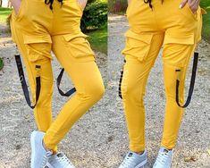 Pantaloni dama lungi ieftini galbeni cu buzunare mari si bretele