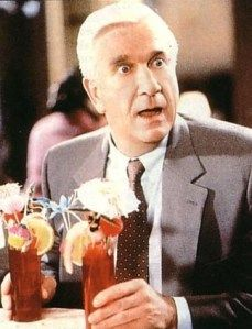 One of the greatest comedians ever in the world: Leslie Nielsen Leslie Nielsen, Funny People, Funny Guys, Funny Men, You Make Me Laugh, People Laughing, Belly Laughs, Comedy Central, Man Humor