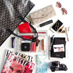 You searched for label/Inside My Bag - The Beauty Look Book What's In My Purse, Whats In Your Purse, What In My Bag, What's In Your Bag, Inside My Bag, Beauty Lookbook, Purse Essentials, Divas, Work Bags