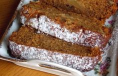 An easy Spiced Pumpkin Bread recipe. Wrap the other in foil and freeze up to one month so that you'll have it on hand for unexpected company. Greek Desserts, Apple Desserts, Apple Recipes, Easy Desserts, Sweet Recipes, Cookie Recipes, Snack Recipes, Vegan Recipes, Meals Without Meat