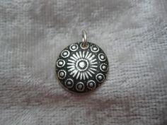 """Silber Ohrringe - Anhänger """"Button"""" aus 999 Silber - ein Designerstück von…"""
