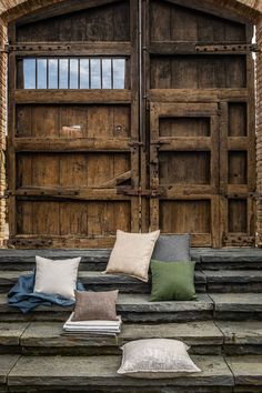 these are the natural colors of Agora® Artisan collection. Upholstery, Garage Doors, Artisan, Shades, Natural Colors, Wood, Outdoor Decor, Nature, Fabrics