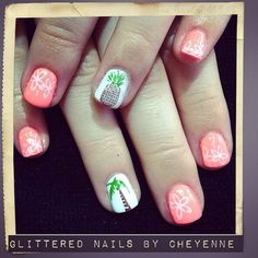 Summer Nails #gel #cutenails #pineapple #palmtree #vacationails #glitterednailsbycheyenne