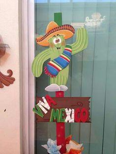 15 de septiembre servilletero de mexicanitos elaborado for Puertas decoradas para el 16 de septiembre
