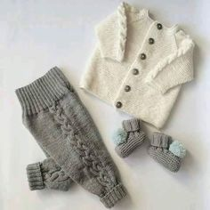 How to knit a very easy crochet hat - Page 7 of 35 - crochetsamples. Baby Knitting Patterns, Knitting For Kids, Knitting Designs, Baby Patterns, Newborn Outfits, Baby Outfits, Pinterest Baby, Easy Crochet Hat, Pull Bebe
