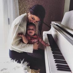 This is me! She plays the piano and has a really chubby baby! My dream