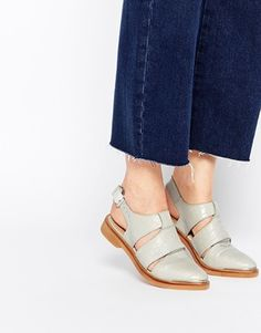 Zapatos planos MAGNIFY de ASOS