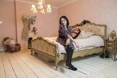 Pearl Lowe's bedroom