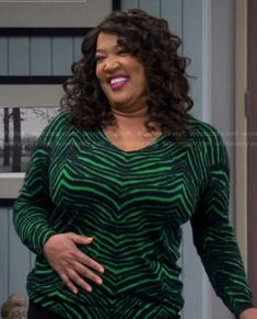 Yolanda's green zebra print sweater on Young and Hungry Fashion Tv, Fashion Outfits, Kym Whitley, Young & Hungry, Green Zebra, Latest Outfits, Crop Blouse, Zebra Print, Topshop