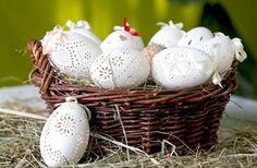 weiße Ostereier gravieren und einen schönen Ostereierkorb gestalten