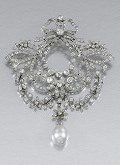 PEARL AND DIAMOND BR fashion love