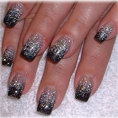 Glittery Nail Art - A touch of glitter can add a great deal of sophistication to a relatively simple manicure style. Whether you opt for a sophisticated design or settle for simpler types of nail art, the possibilities are only limited by your own desires and aptitudes. Take a closer look at some simple, yet extremely refined glittery nail art.