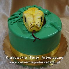 214. Tort z głową węża. The head of the snake cake.