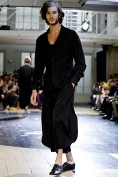 Visions of the Future: Yohji Yamamoto Menswear Spring Summer 2014 Paris