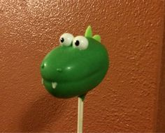 Dinosaur cake pops are perfect for dinosaur themed birthday parties and baby showers!