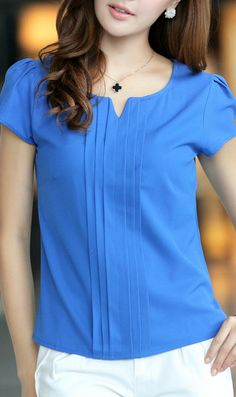 Sapphire Blue Chiffon Blouse 5028 Blue Source bySapphire blue chiffon blouse with pleats in the frontFashionable V-Neck Sleeveless Printed Chiffon Blouse For WomenI LOVE this style of this blouse! In pink, please!SUCH a gorgeous color! Blouse Patterns, Blouse Designs, Stylish Dresses, Fashion Dresses, Blouse Styles, Work Attire, Chiffon Tops, Casual Outfits, Clothes For Women