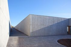 crematorium uitzicht . kortrijk Eduardo Souto de Moura