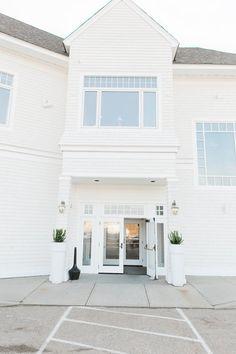 Newport Beach House A Longwood Venue Jaclyn L Photography Www Longwoodevents Http Jaclynlphotography Pinterest