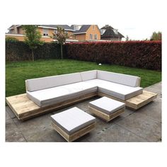 #sanderswoodworks #loungeset #tuinmeubelen #loungekussens #lounge #wood #summer Outdoor Sectional, Sectional Sofa, Lounge, Arno, Outdoor Furniture, Outdoor Decor, Summer, Instagram, Home Decor