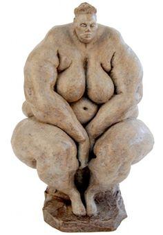 Anne Mourat La Secrète  2005 bronze, tirage limité Lauréate de la Bourse 2005 des Jeunes Sculpteurs Fonderie Barthélémy, France