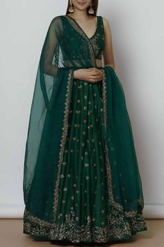 Buy this type of Lehengas and Dresses only on our website www. Call or whatsapp us on : 9924040197 Customization available on any order International Shipping avaialable Source by designerdesired dresses indian Indian Gowns Dresses, Indian Fashion Dresses, Dress Indian Style, Indian Designer Outfits, Designer Dresses, Pakistani Dresses, Indian Lehenga, Lehenga Choli, Green Lehenga