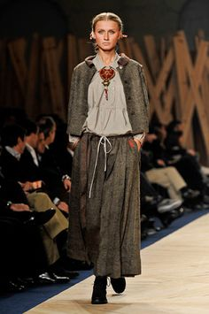 TM Collection Portugal Fashion Idk is it just a little vintage like (like colonial or prairie style or sum thing)