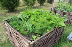 Bac en noisetier tressé | Vegetebacs - Potagers clés en mains à Nantes
