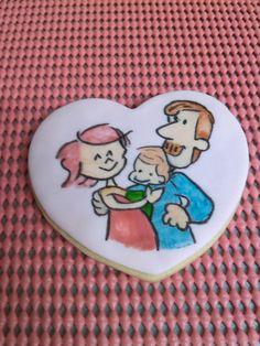 Galleta corazón familia pintado a mano.  http://ditartas.com/