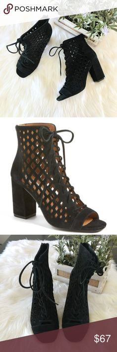 """Steve Madden Denay Cutout Bootie Geometric cutouts add an edgy cage effect to a block-heel bootie that makes an off-duty essential. Condition: NEW, no box Sizing: 7M  - Open toe - Lace-up style with back zip closure - Block heel - Approx. 3 1/2"""" heel Leather upper/synthetic lining and sole Steve Madden Shoes Ankle Boots & Booties"""