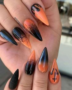 Amazing Halloween stiletto nails for Halloween season 2019 Check out our tips for applying top Halloween nail ideas in 2019 between pumpkin nails, candy corn nails, spider web nails, Halloween press on nails, & stickers Halloween Press On Nails, Halloween Acrylic Nails, Halloween Nail Designs, Cute Acrylic Nails, Halloween Ideas, Cute Halloween Nails, Halloween Couples, Halloween Parties, Art Nails