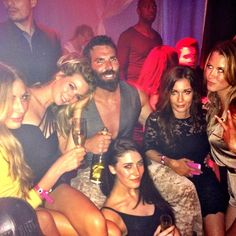 """Dan Bilzerian Girls Woman Girlfriend House Quotes Workout Hot Guns Lifestyle Models 👉 Get Your FREE Guide """"The Best Ways To Make Money Online"""" Way To Make Money, Make Money Online, Dan Bilzerian Girls, Big Money, Thug Life, Life Is Good, Workout, House Quotes, Luxury Cars"""