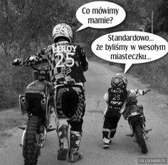 Motocross, Bmx, True Memes, Funny Memes, Kids Motorcycle, Dirtbikes, Man Humor, Best Memes, Cute Babies