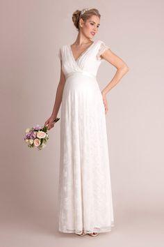 Bodenlanges, elegantes Brautkleid aus feinster Spitze mit schwingendem Rockteil, Cache-Coeur-Ausschnitt und vorteilhaften Raffungsdetails.