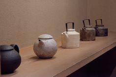 Nishikawa Satoshi From Nishikawa Satoshi ceramics exhibition at Nichi Nichi gallery, 2013/10/4~9   #teapot #japanese_ceramic