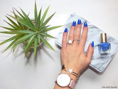Vernis à ongles Adopt' en teinte Boho Blue ! #nailpolish #vernisàongles #beautyblogger #bohospirit #npa #ontheblog #beautybloggers #beauty #beauté #makeup  #maquillage #manicure #manucure
