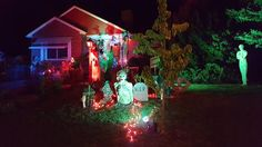 Nice lighting for this yard haunt