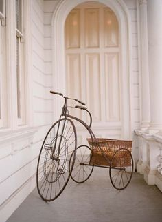Vintage Inspiration: Vintage Bike- Wedding Transportation Alternative