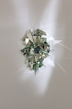 Mathias Kiss : Froissé mirror