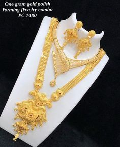 DM or Watsapp 9663830034 for order . swipe for more designs . NO COD❌ . same as pic📷 . send me screenshots for price . for any queries feel free to ask 😊 . Gold Earrings Designs, Gold Jewellery Design, Necklace Designs, Diamond Jewellery, Head Jewelry, Bridal Jewelry, Chain Jewelry, Bridal Jewellery Inspiration, Gold Jewelry Simple
