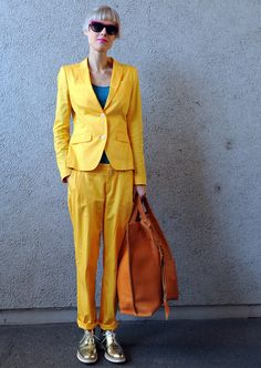 Amarillo suits, traje chaqueta