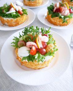 Sandwich Cake, Sandwiches, Scandinavian Wedding, Open Faced Sandwich, Swedish Recipes, Canapes, Bruschetta, Fish Recipes, Finger Foods