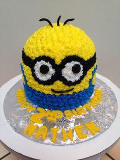 Minion buttercream smash cake.