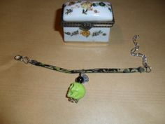 Bracelet liberty fin, fleuri couleur noir et vert : Bracelet par chris-crea