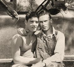 Lgbt Couples, Cute Gay Couples, Couples In Love, Vintage Couples, Vintage Boys, Vintage Sailor, Vintage Photographs, Vintage Photos, Gay Lindo