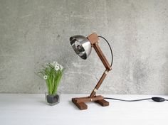 Hoi! Ik heb een geweldige listing gevonden op Etsy https://www.etsy.com/nl/listing/181836698/kran-stomana-wooden-desk-table-working
