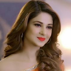 Jennifer Winget Beyhadh, Indian Hairstyles, Jennifer Love, How To Pose, Girls Dpz, Beautiful Gorgeous, India Beauty, Stylish Girl, Beautiful Actresses