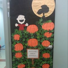 I think we need to do this on a door. I think we need to do this on a door. Thanksgiving Classroom Door, Halloween Classroom Door, Art Classroom, Classroom Ideas, Thanksgiving Treats, Dorm Door Decorations, Halloween Door Decorations, School Decorations, Halloween Dorm