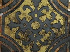 DIY Antique Mirror Patina Solution Designs and Patterns - Explains several techniques:  Spray, Wipe & Pour + Techniques using Stencils with pictures of each.